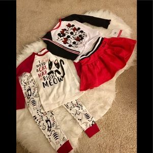 NWT Minnie Mouse outfit plus 1